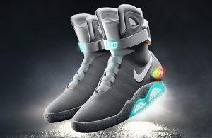 Nike Air Mag papoutsia