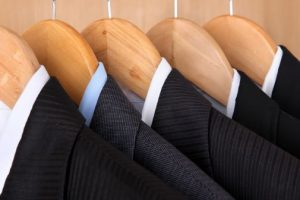 suit-hanging