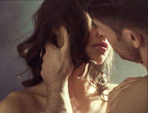 kissing-time