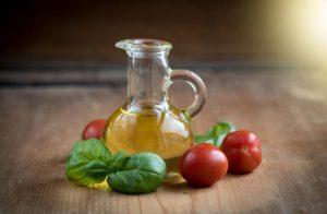 elaiolado-tomatoules-euergetika-gia-tin-diatrofi