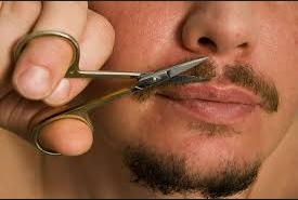 trimming-moustache