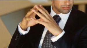 antras me kostoumi poua gravata leuko poukamiso the-man.gr