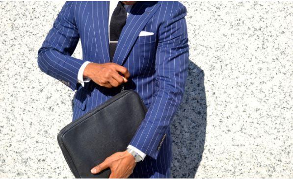 Αυτό το κοστούμι θα τραβήξει σίγουρα την προσοχή των συναδέλφων σου όταν  πας στη δουλειά. Αν αποφασίσεις να το δοκιμάσεις b6f0c94e674