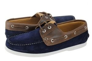 mple navy-kafe boat shoes