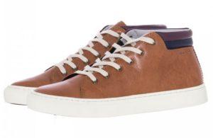 Το ημίμποτο είναι ένα παπούτσι που μπορεί να φορεθεί άνετα όλες τις ώρες  της ημέρας. Μπορείς να το φορέσεις για να κάνεις μια βόλτα στο βουνό το  χειμώνα ή ... 04280f4bba8
