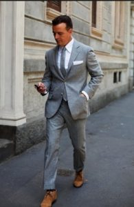 desert-boots-and-suit