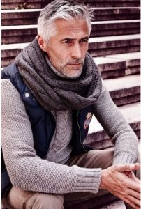 casual-outfit-men-over-40