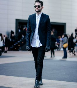 men-black-jeans-white-shirt-black-boots