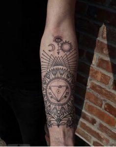 tatouaz symvola