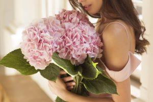 δωρο σε γυναικα λουλουδια - ανθοδεσμη