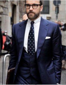 lefko poukamiso-poua gravata