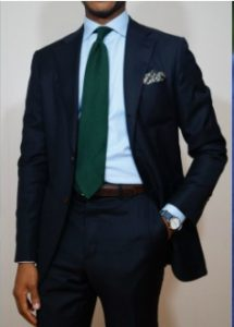 mple poukamiso-prasini gravata