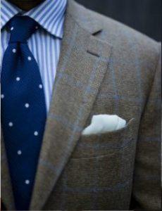 poua gravata-rige poukamiso