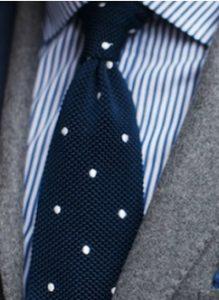 rige poukamiso - poua gravata