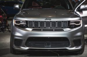 2018 Jeep Grand Cherokee Trackhawk front