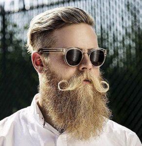 makria genia-giristo moustaki