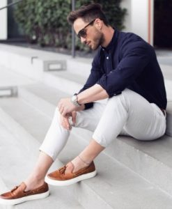 navy and beige outfit