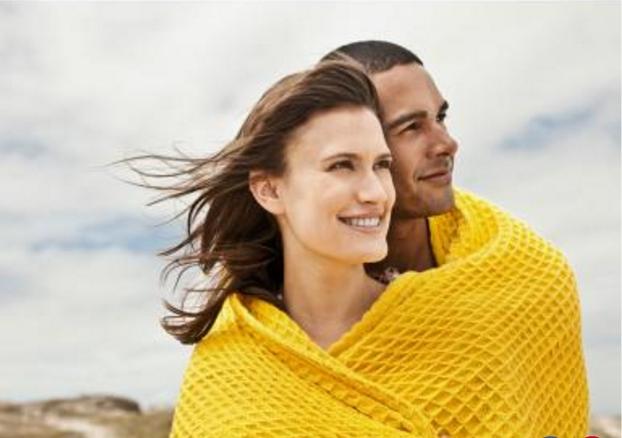 η διαφορά ανάμεσα στο να βγαίνεις με κάποιον και να είσαι σε μια σχέση το ευτυχισμένο Αγκίστρι