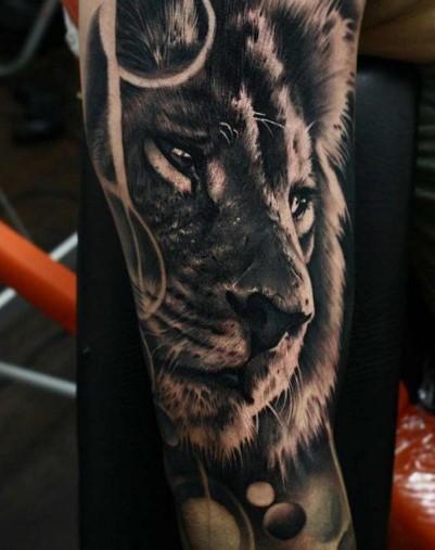antriko tatoyaz tigrh