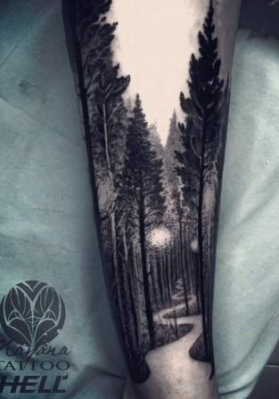 antriko tatouaz dasos me feggari
