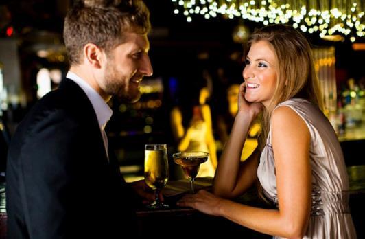 Πώς να φλερτάρουν με έναν τύπο σε απευθείας σύνδεση dating χαμένοι ηθοποιοί που χρονολογούνται