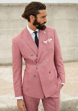 roz kostoumi antriko