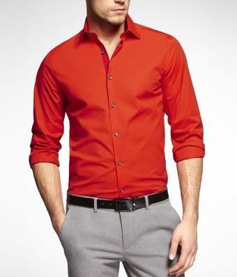 2bfe961b7152 Πως ένας άντρας να φορέσει τα κόκκινα ρούχα με στυλ!