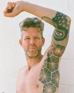 thomas hooper tattoo