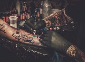 xtipima tatoo, the-man.gr
