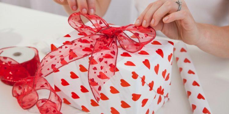 dora valentinou