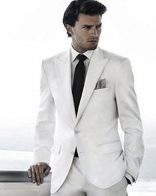 κοστούμι με γραβάτα
