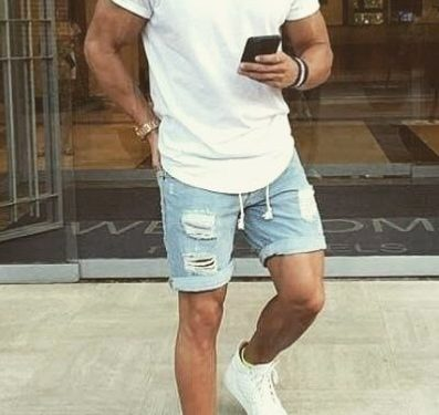 casual outfit βερμούδα-T-shirt