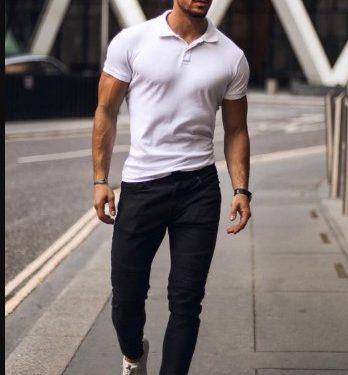 καλοκαιρινό outfit με παντελόνι και T-shirt polo
