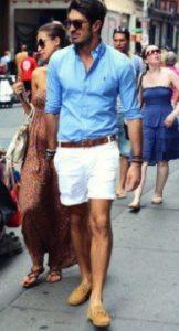 ασπρο σορτς με πουκαμισο γαλαζιο