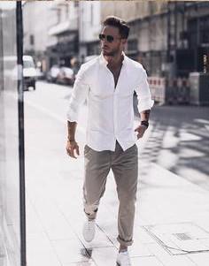 casual καλοκαιρινό ντύσιμο με slim-fit παντελόνι και πουκάμισο