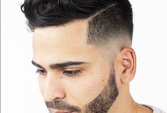ανδρικό comb over κούρεμα για μεσαίου μήκους σγουρά μαλλιά