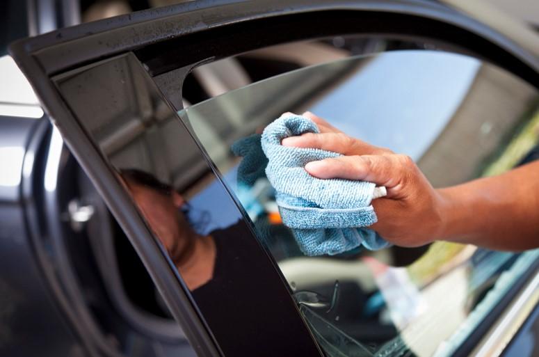 έλεγχος καθαριότητας αυτοκινήτου