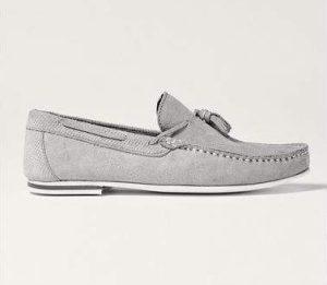 γκρι σουέντ loafers