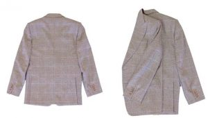 διπλωμένο αντρικό σακάκι