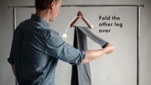 πως να κρεμάσεις το παντελόνι σου