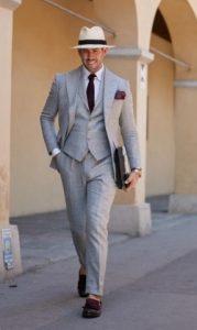 oxford πουκάμισο με γκρι κοστούμι