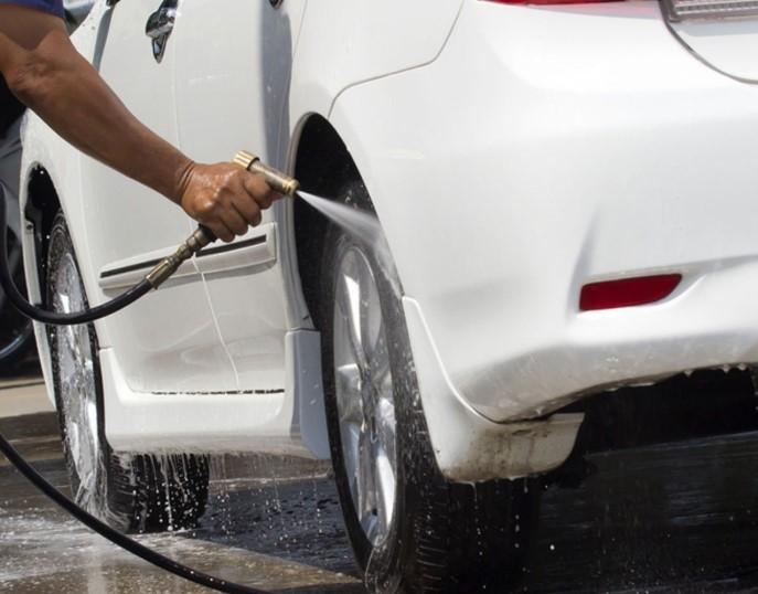 πως να πλύνεις σωστά το αυτοκίνητό σου