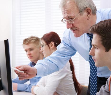 ανάθεση εργασιών-ζητημάτων μικρότερης αξίας ή ενδιαφέροντος