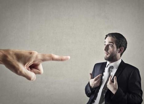 πως να προσεγγίσεις τον ενδιαφέρον των ακροατών-μην κατακρίνεις τους άλλους