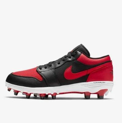 Αθλητικά Nike κόκκινα για ποδόσφαιρο