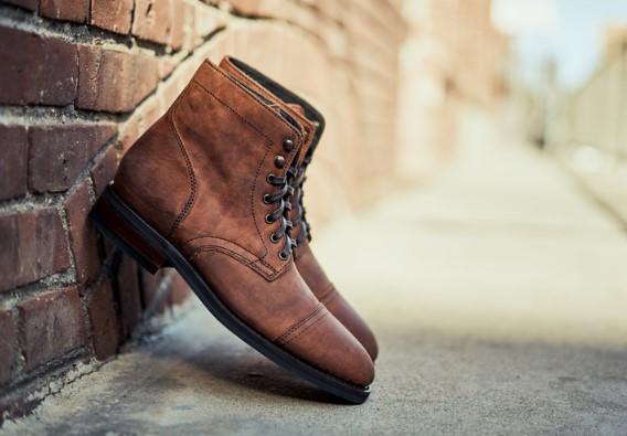προστάτεψε τα δερμάτινα παπούτσια σου