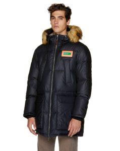 χοντρό μαύρο μπουφάν κουκούλα ρούχα benetton χειμώνα