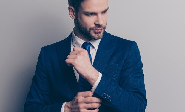 tips για να κάνεις το κοστούμι σου κομψότερο