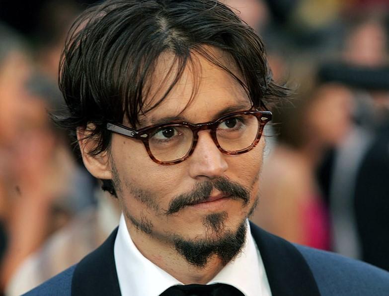 τζόνι ντεπ με γυαλιά οράσεως