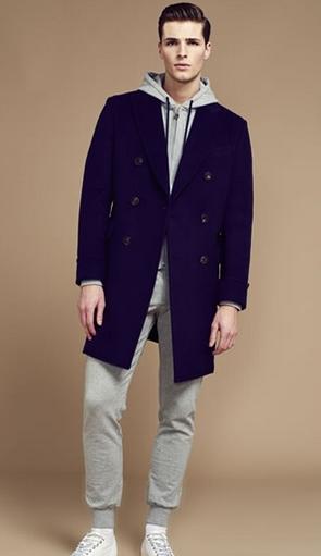 τρόποι για να συνδυάσεις τα ρούχα σου κουκούλα μπλε παλτό